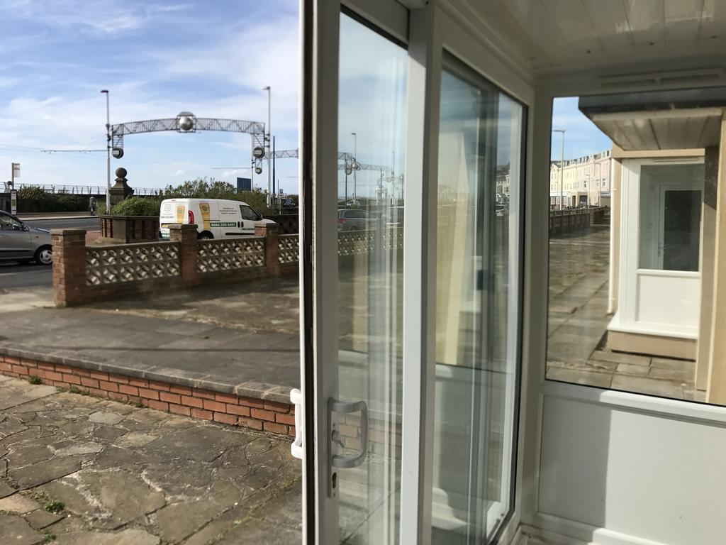 Crescent Court Apartment Blackpool