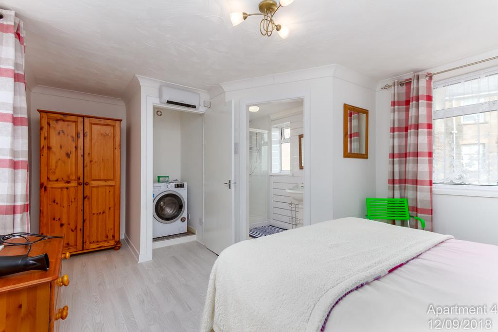 Jade Apartments Blackpool - Blackpool Hotels - Self ...